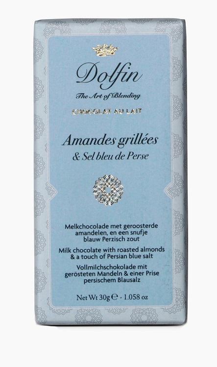 30g pieniškas šokoladas su kepintais migdolais ir žiupsneliu Persijos mėlynaja druska